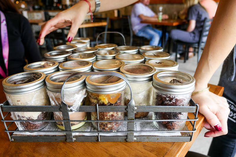 Desserts come in a jar (copitas)