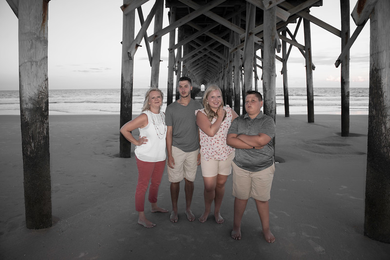 2018-07-06 Pawleys Island Family Pictures 011.jpg