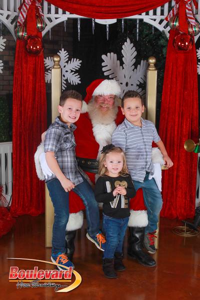 Santa 12-10-16-159.jpg