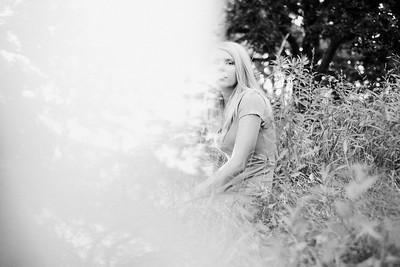 Summer Senior Portraits | Urban Chic