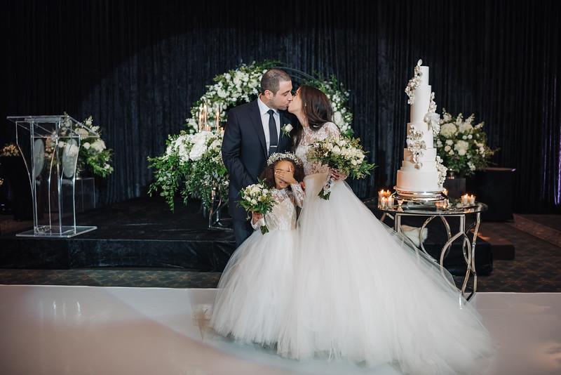 2018-10-20 Megan & Joshua Wedding-673.jpg