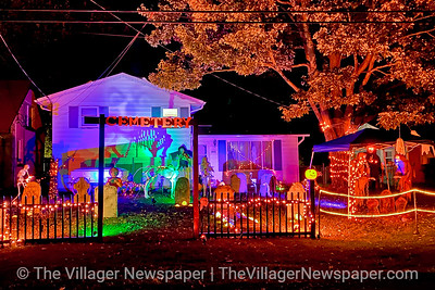 North Ridgeville Halloween Displays