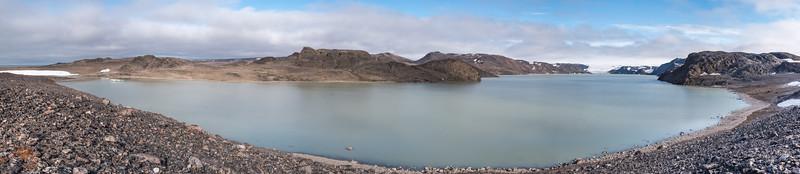 femmilsjeen Lake, Svalbard