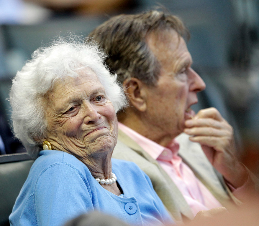. Former first lady Barbara Bush, left, reacts as she talks with Houston Astros owner Drayton McLane Jr.\'s wife, Elizabeth, as she attends a baseball game against the Pittsburgh Pirates with her husband, former President George Bush, Friday, April 23, 2010 in Houston. (AP Photo/David J. Phillip)