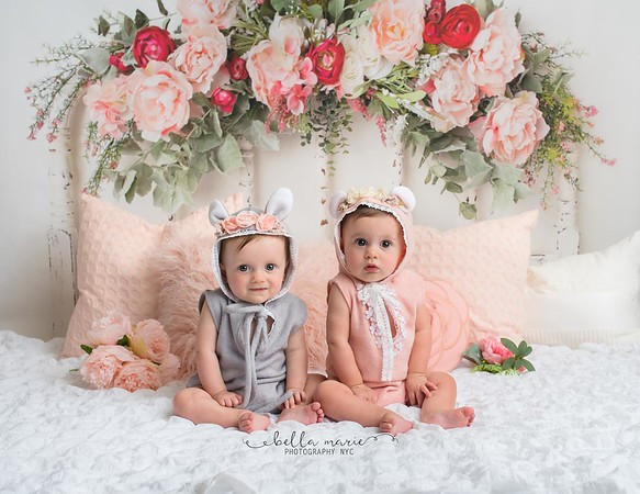Sweet Little Twins for their Sitter Session