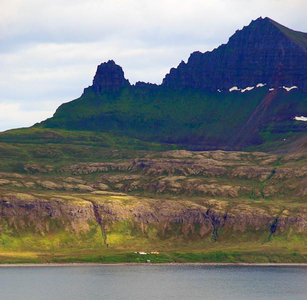 Stígshús og Frímannshús undir Miðdal og Múlanum