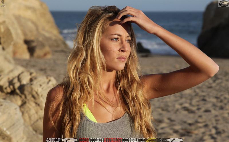 45surf_swimsuit_models_swimsuit_bikini_models_girl__45surf_beautiful_women_pretty_girls076.jpg