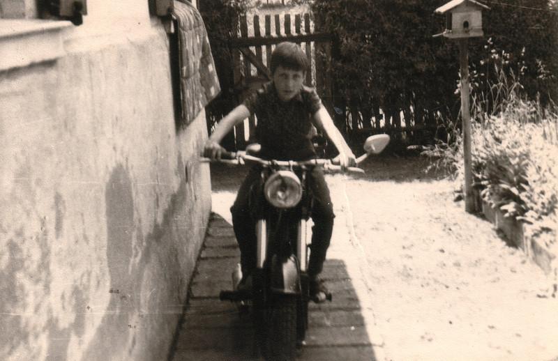Thomas_Motorrad.jpg