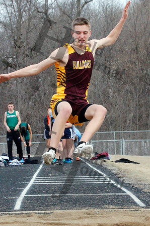 TRACK AND FIELD: LP/HT at HLWW Invite - April 15