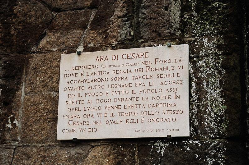 Sunday_Foro_Ara_Caesar_Explanation_in_Italian_