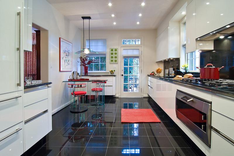 Kalorama -  Designer: Robert Templon - Cabinetry: Snaidero Kitchens
