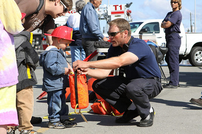 Anchorage Fire Dept Open House - 2009