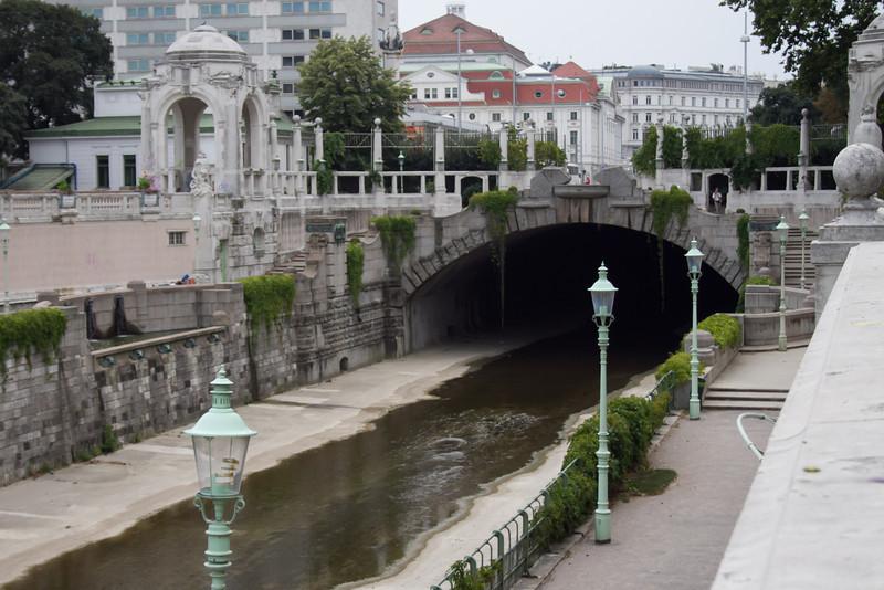 Vienna 2013-15.jpg