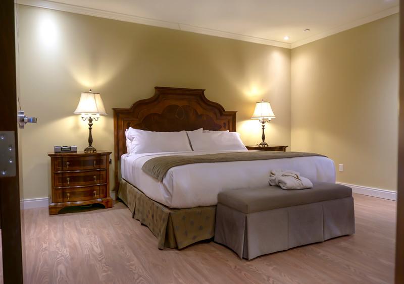 Brossard_Loft 1_Bedroom 4.jpg