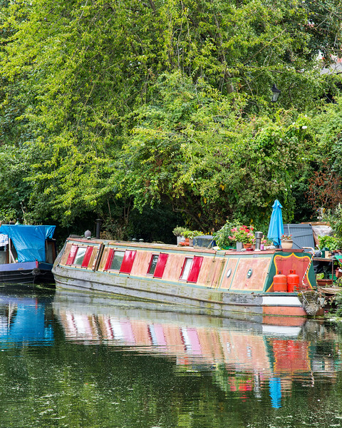 Houseboat, London