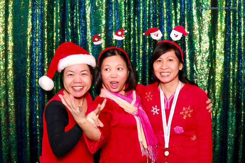Medtronic Holiday Party -2.jpg