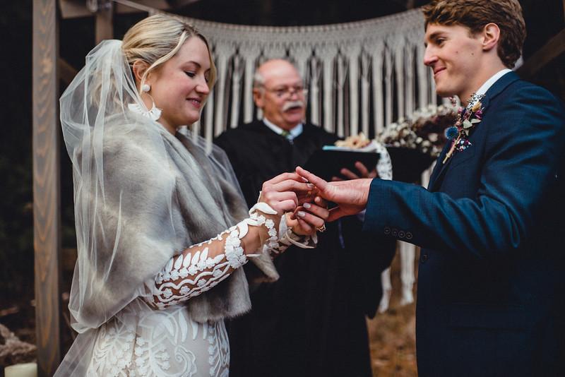 Requiem Images - Luxury Boho Winter Mountain Intimate Wedding - Seven Springs - Laurel Highlands - Blake Holly -1069.jpg