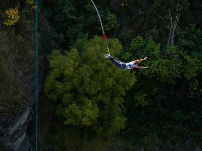 12—Linda's Bungy Jump
