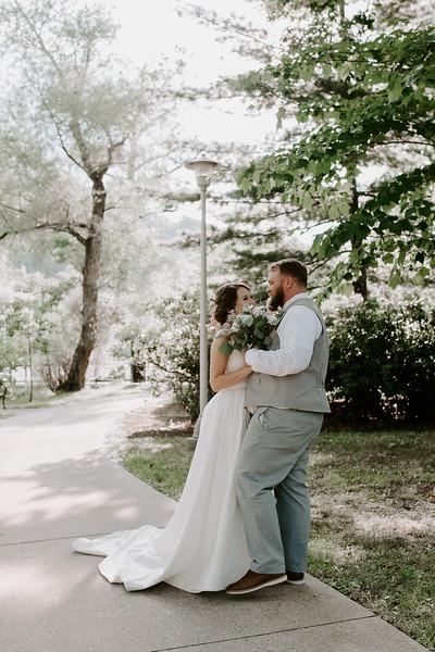 Bride and Groom-25.jpg