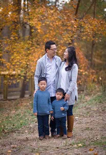2019_11_29 Family Fall Photos-9287.jpg