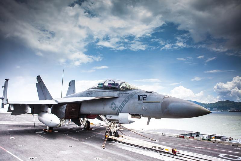 USSGeorgeWashington-23