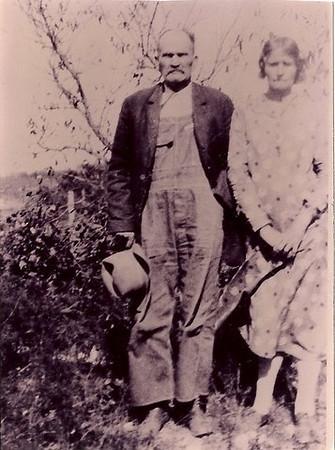 Alfred Newton Boy Moore and wife Dora Binkley Moore
