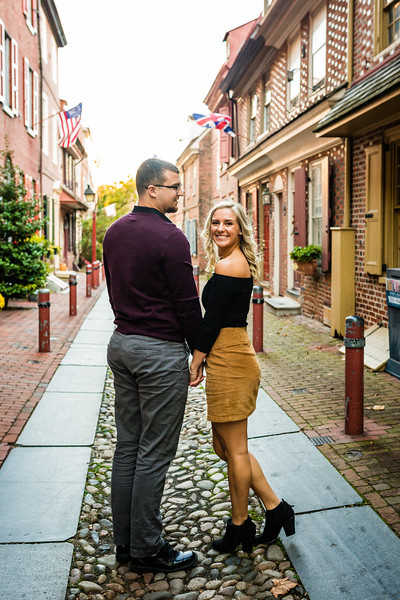 MICHELLE AND NICK - OLD CITY ENGAGEMENT SESSION - 10.jpg