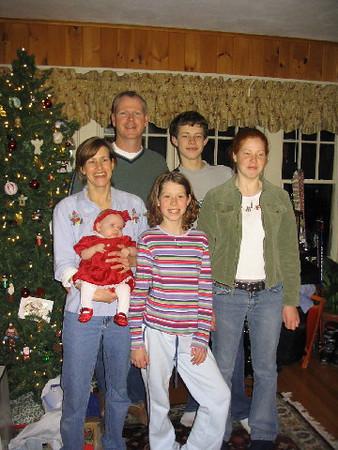 Mary O'Brien and family 2003.jpg