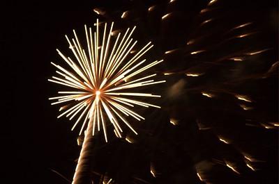 Fireworks in Rancho San Rafael Park, Reno (July 4th, 2005)