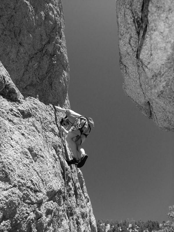 04_05_02 climbing williamson 040_filtered.jpg