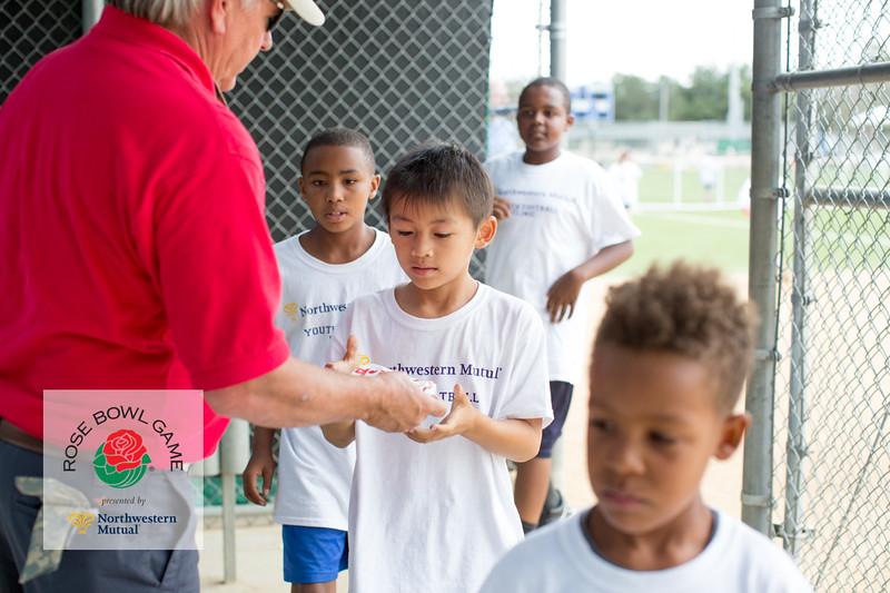 2015 Rosebowl Youth Football Clinic_1097.jpg