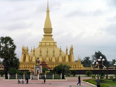 Vientiane - That Luang (Royal Stupa)