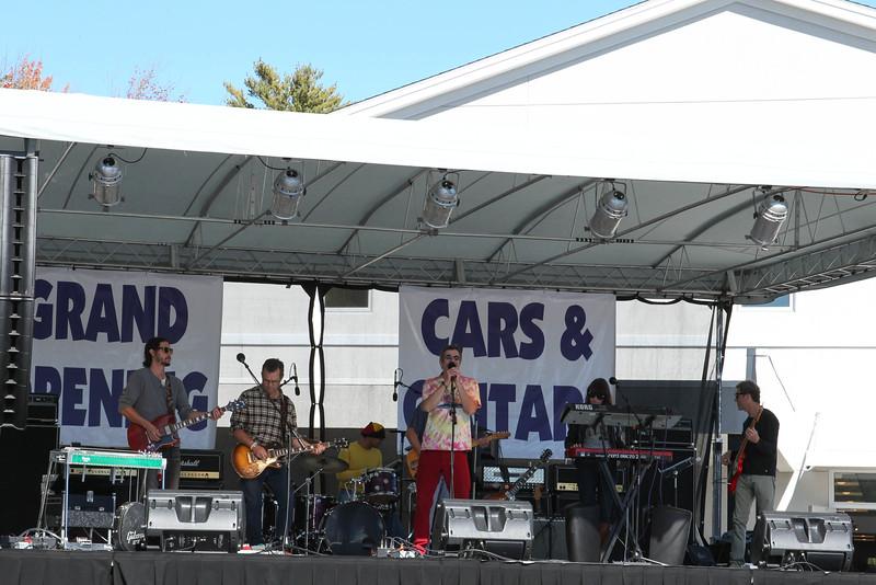cars and guitars-325.jpg