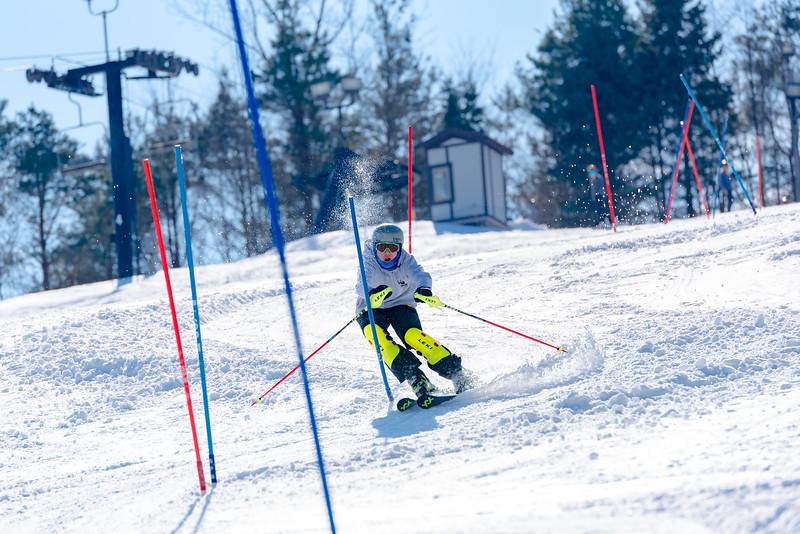 Standard-Race_2-3-18_Snow-Trails-73549.jpg
