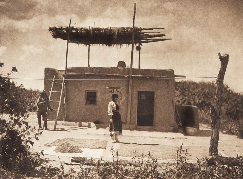 A San Juan farmhouse (The North American Indian, v. XVII. Norwood, MA, The Plimpton Press,  1926)