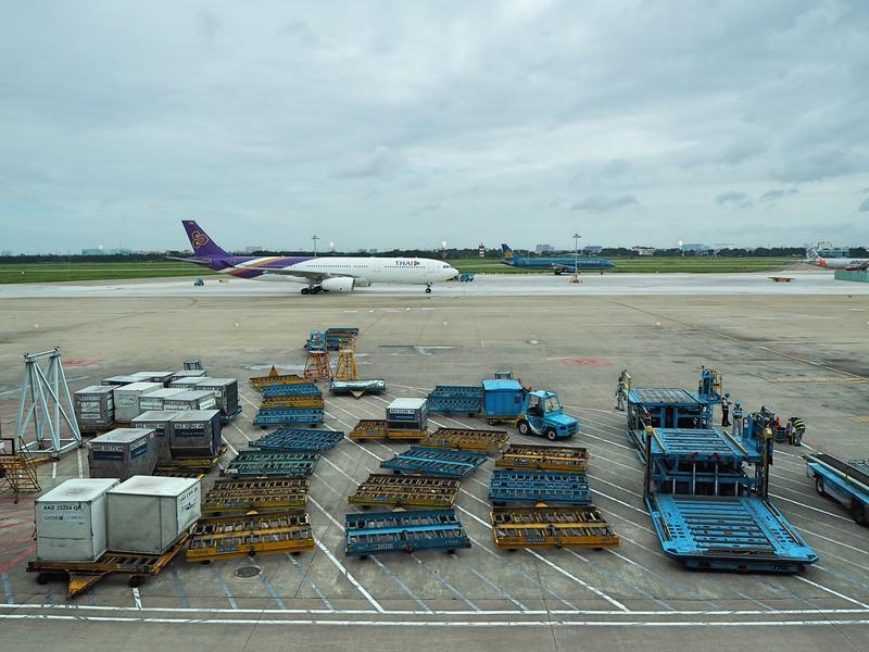 P7170063-thai-arriving.jpg