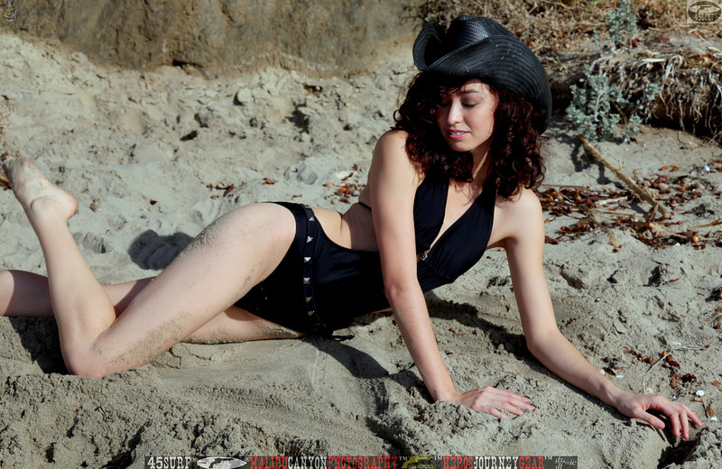 canon 5d mark ii swimsuit  bikini model beautiful 45surf 266,.kl,.,.
