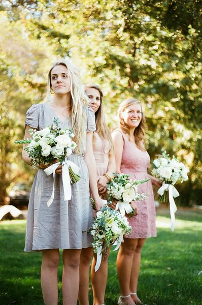 christianne_taylor_kyli_sessions_tucker_larson_graf_farm_barn_oxnard_santa_barbara_wedding_more-461.jpg