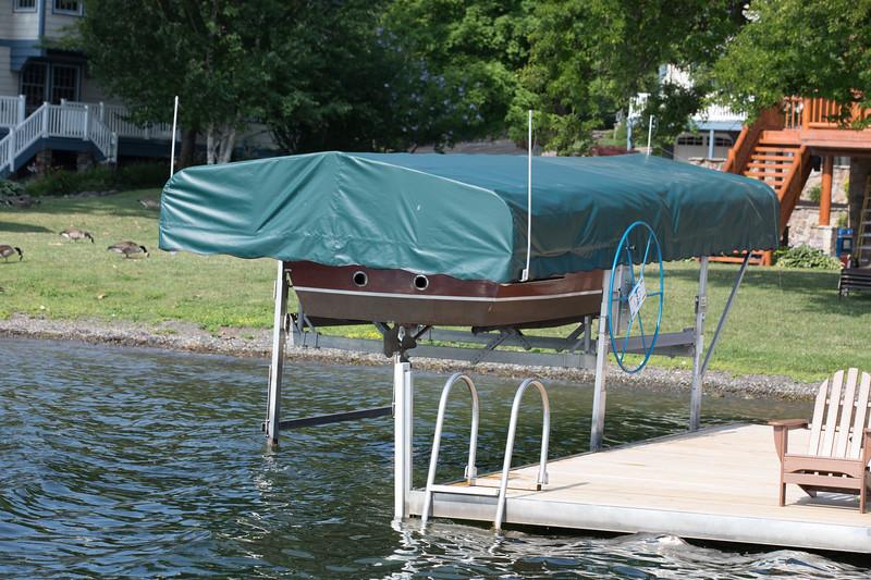 Boat1140.jpg