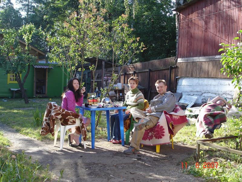 2007-06-10 У Князевых на даче 56.jpg