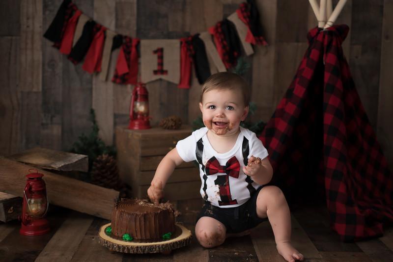 ELA_2616Benjamin 1st birthday photographer.jpg