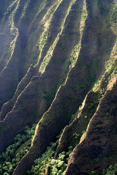 3935 Na Pali Cliffs.jpg