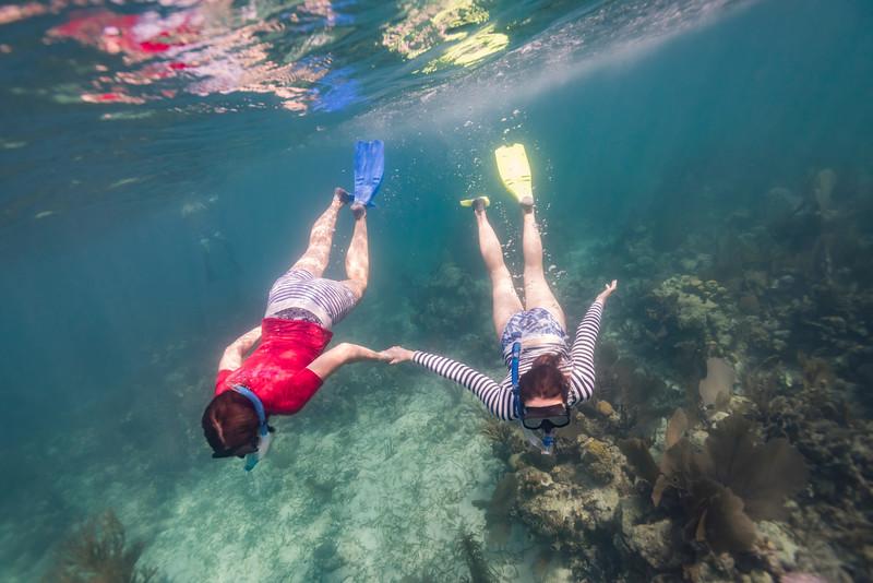 Women snorkeling, Turneffe Atoll, Belize Barrier Reef, Belize