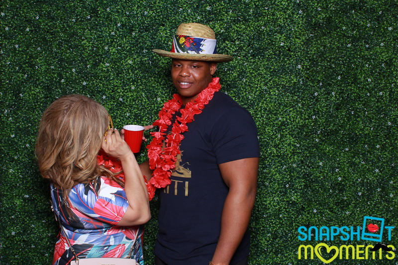 03-30-2019 - Karen and Natasha's Aloha 40th Birthday Bash_148.JPG