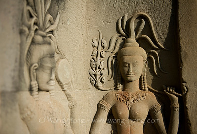 Apsaras in Angkor - Sensuous, Graceful Heavenly Dancers 吴哥的飞天