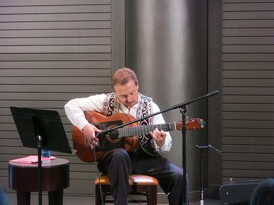 Instrumentalists @ the Plaza Guitarist Roberto Verdi August 11, 2013