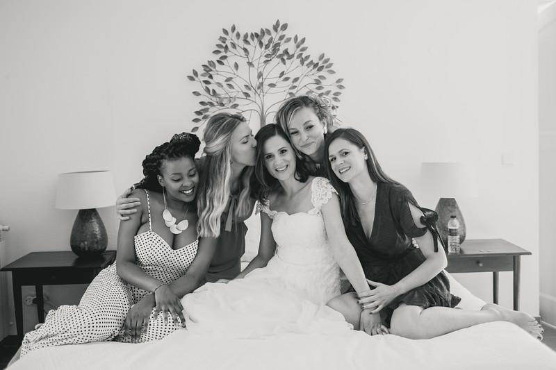 Bridal prep-69.jpg