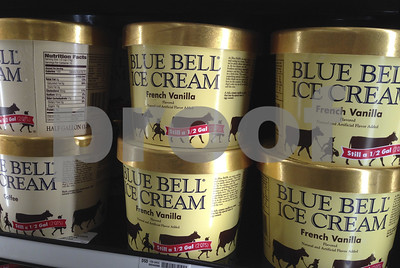 blue-bell-ice-cream-opens-observation-deck-at-texas-plant