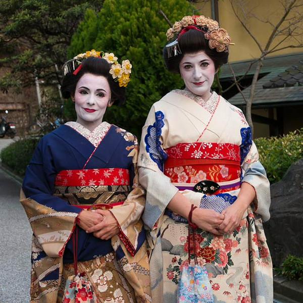 Naomi-Kyoto-geisha-shot.jpg