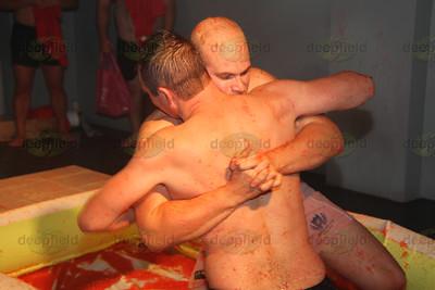 Wrestle a Rugger MG 2011